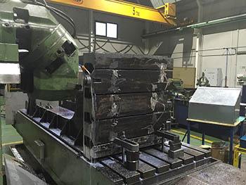 Mecanizado de mesa para fabricante de prensa hidráulica (1)