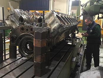 Reparación de bloque de cilindros motor MTU (2)