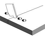 Utilizando una plantilla, se hacen agujeros ciegos los cuales son taladrados perpendicularmente a la dirección de la grieta.