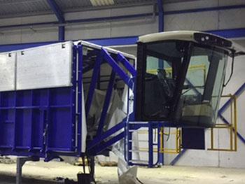 Adaptación e instalación sobre plataforma de cabina para puesto de control_1.